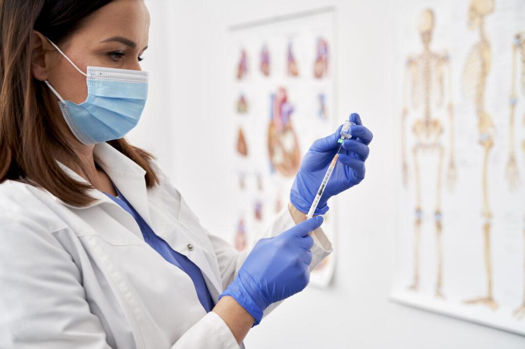 Vaccino anti Covid-19: come prenotarlo online?